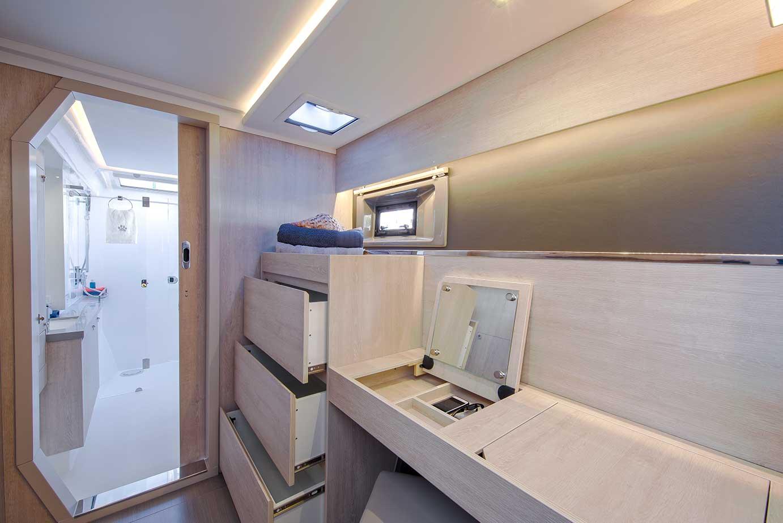 Leopard 45 Catamaran Interior Photography - Nautique tv